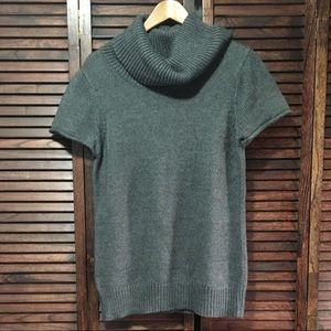 BCBG MAXAZRIA cowl neck grey short sleeve sweater